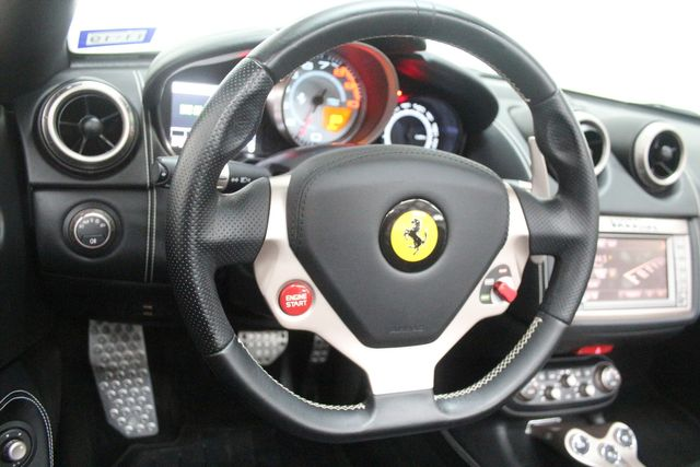 2014 Ferrari California Houston, Texas 43