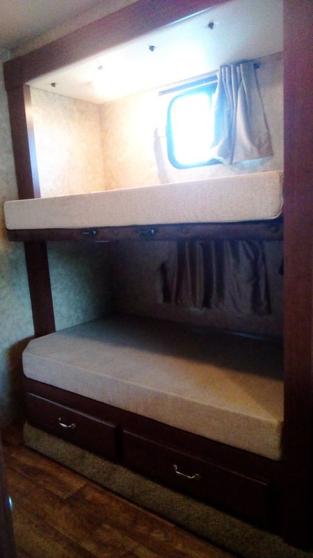 2013 Fleetwood STORM 32 BH  BUNKHOUSE  city FL  Manatee RV  in Palmetto, FL