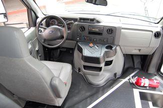 2014 Ford 15 Pass. Act. Bus Charlotte, North Carolina 18