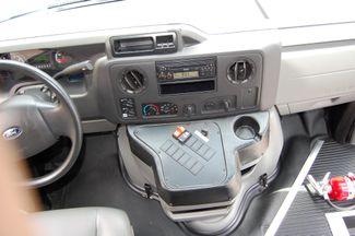 2014 Ford 15 Pass. Act. Bus Charlotte, North Carolina 20