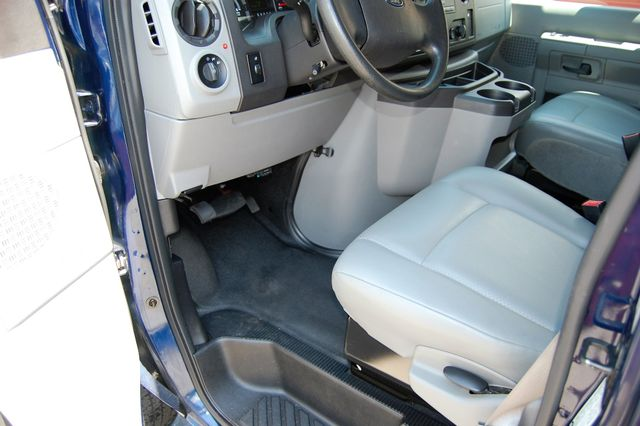 2014 Ford 15 Pass. XL Charlotte, North Carolina 4