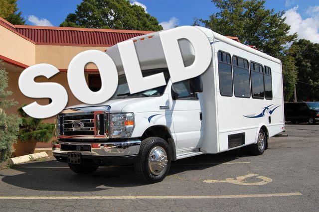 2014 Ford 15 Pass Mini Bus Charlotte, North Carolina