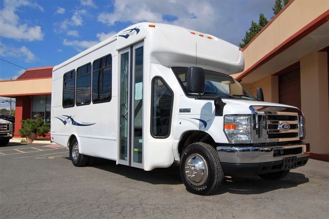 2014 Ford 15 Pass Mini Bus Charlotte, North Carolina 1