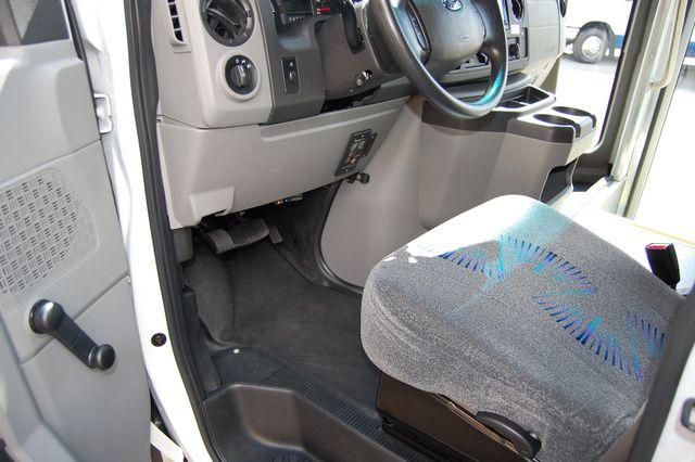 2014 Ford 15 Pass Mini Bus Charlotte, North Carolina 4