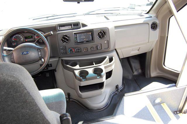 2014 Ford 15 Pass Mini Bus Charlotte, North Carolina 18
