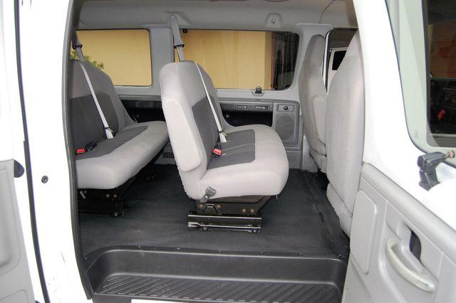 2014 Ford 15 Pass. XLT Charlotte, North Carolina 8