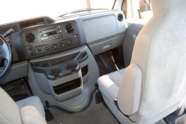 2014 Ford 15 Pass. XLT Charlotte, North Carolina 16