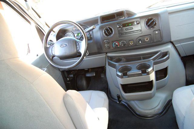 2014 Ford 8 Pass. XL Charlotte, North Carolina 16