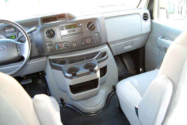 2014 Ford 8 Pass. XL Charlotte, North Carolina 17