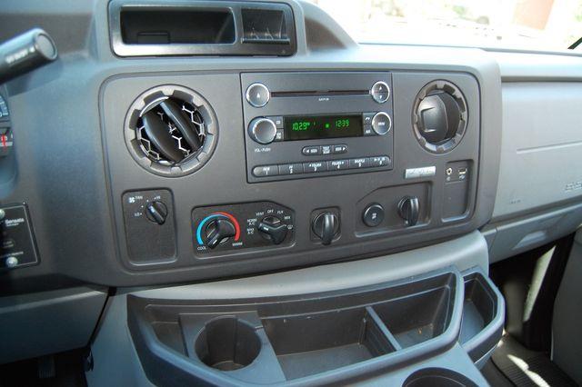 2014 Ford E250 Cargo van Charlotte, North Carolina 6