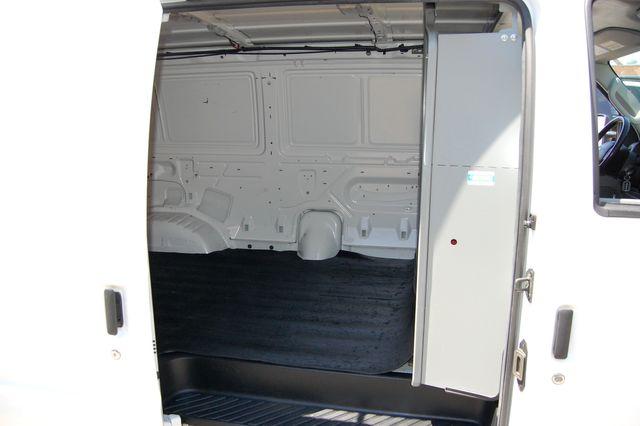 2014 Ford E250 Cargo van Charlotte, North Carolina 9