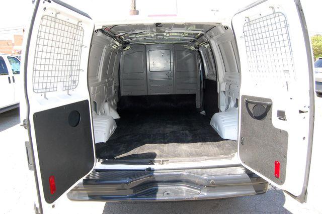 2014 Ford E250 Cargo van Charlotte, North Carolina 12