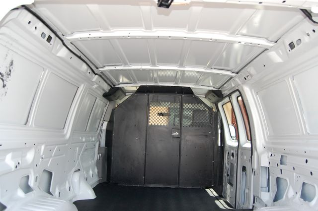 2014 Ford E250 Cargo van Charlotte, North Carolina 11