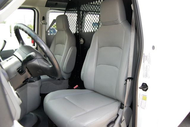 2014 Ford E250 Cargo van Charlotte, North Carolina 5