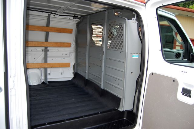 2014 Ford E250 Cargo Van Charlotte, North Carolina 10
