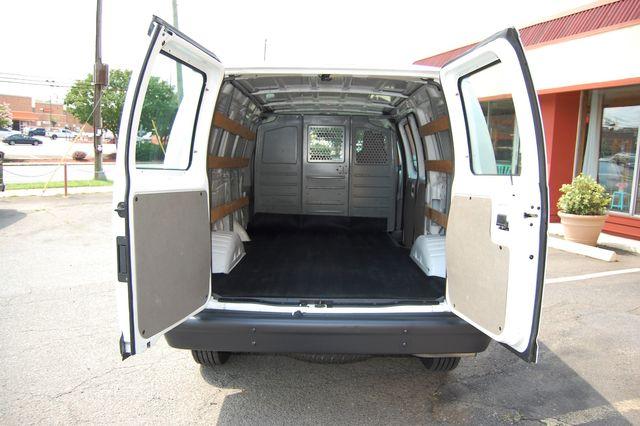 2014 Ford E250 Cargo Van Charlotte, North Carolina 13