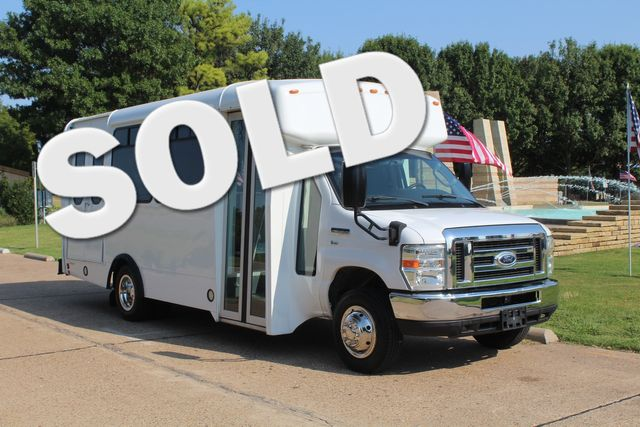 2014 Ford E350 15 Passenger Champion Challenger Shuttle Bus W/ Lift