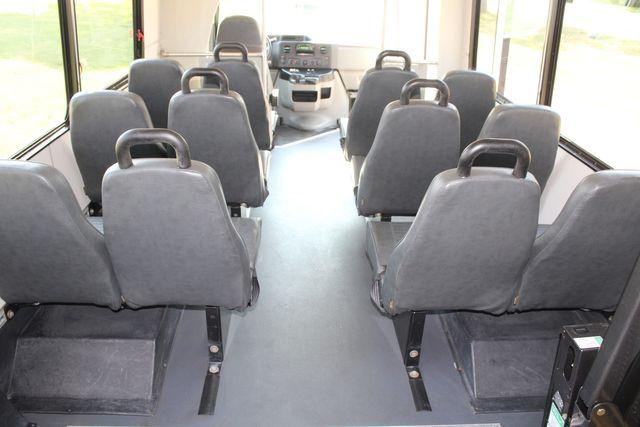 2014 Ford E350 15 Passenger Champion Challenger Shuttle Bus W/ Lift in Irving, Texas 75060