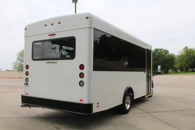 2014 Ford E450 15 Passenger  Winnebago Shuttle Bus Irving, Texas 10