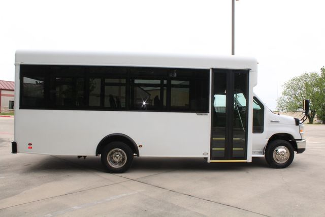 2014 Ford E450 15 Passenger  Winnebago Shuttle Bus Irving, Texas 12