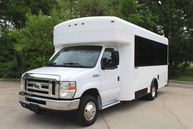 2014 Ford E450 15 Passenger  Winnebago Shuttle Bus Irving, Texas 5