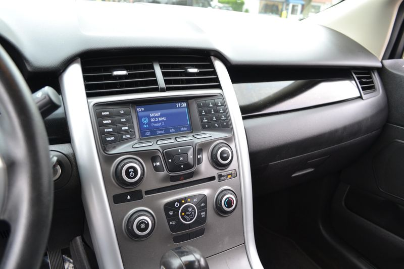 2014 Ford Edge SE  city New  Father  Son Auto Corp   in Lynbrook, New