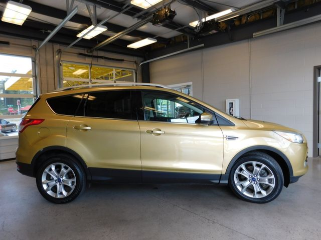 2014 Ford Escape Titanium in Airport Motor Mile ( Metro Knoxville ), TN 37777