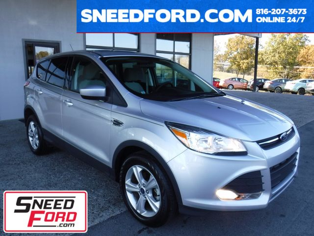 2014 Ford Escape SE in Gower Missouri, 64454