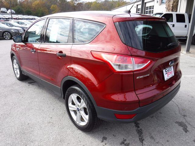 2014 Ford Escape S in Gower Missouri, 64454