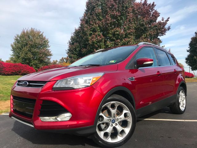 2014 Ford Escape All Wheel DriveENGINE: 2.0L ECOBOOST Titanium Navigation/ Panorama Roof