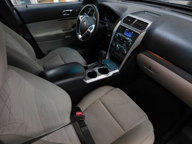 2014 Ford Explorer Base in Airport Motor Mile ( Metro Knoxville ), TN 37777