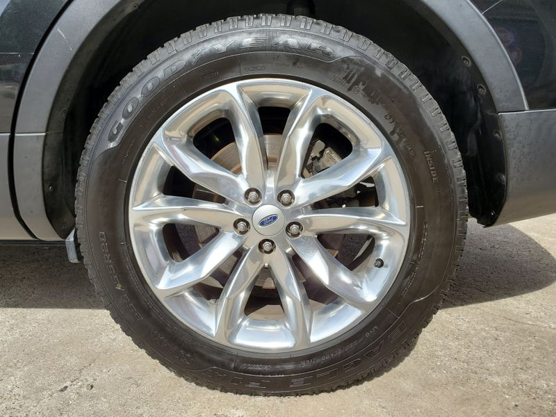 2014 Ford Explorer Limited  Brownsville TX  English Motors  in Brownsville, TX