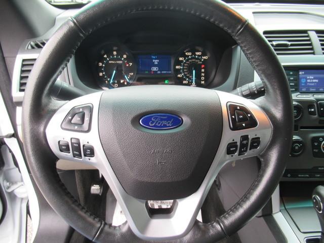 2014 Ford Explorer XLT 4X4 in Gower Missouri, 64454