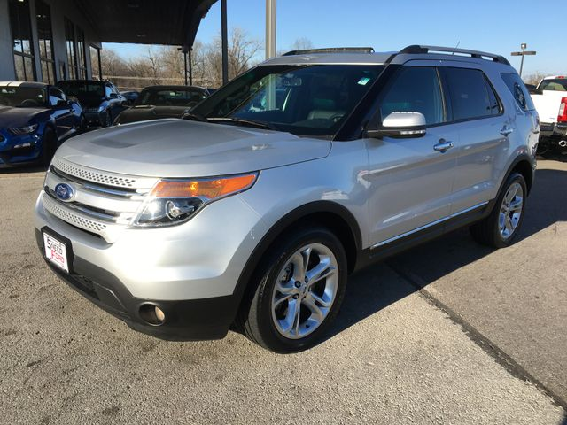 2014 Ford Explorer Limited 4X4 in Gower Missouri, 64454