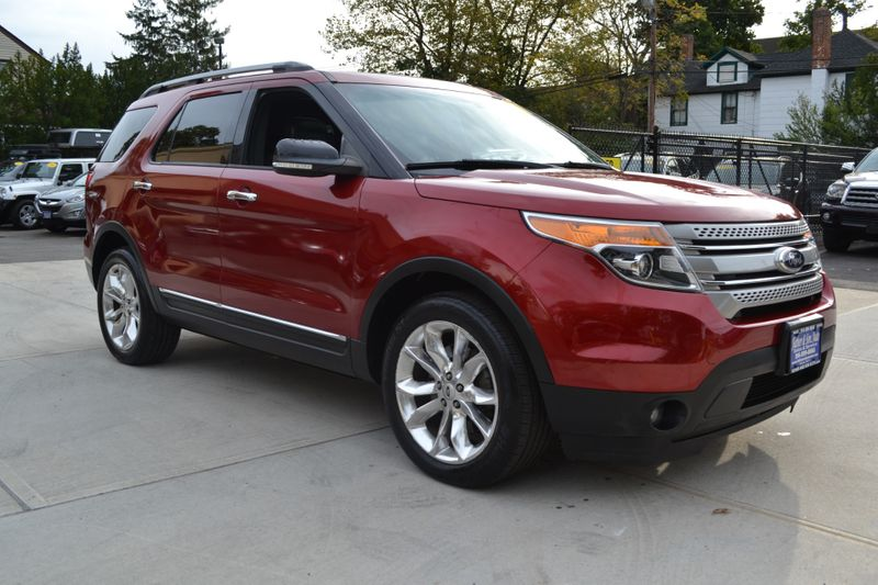 2014 Ford Explorer XLT  city New  Father  Son Auto Corp   in Lynbrook, New