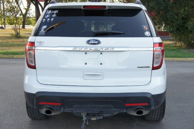 2014 Ford Explorer Base in San Antonio, TX 78233