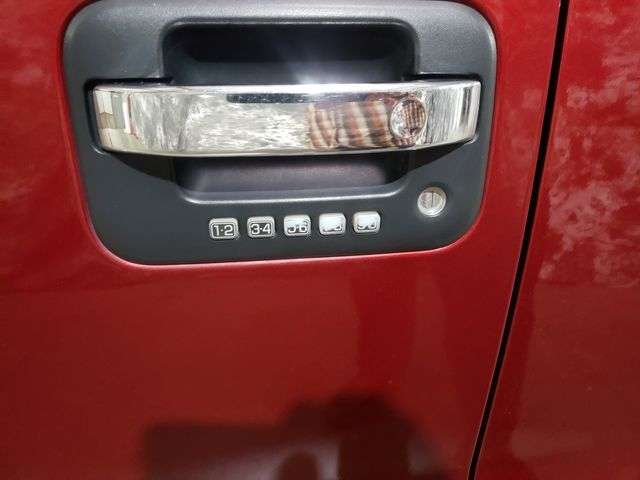 2014 Ford F-150 XLT Super Crew 4x4 3.5L in Dickinson, ND 58601