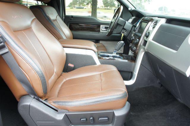 2014 Ford F-150 Platinum in San Antonio, TX 78233
