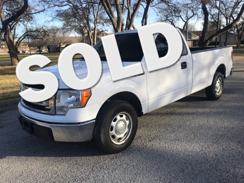 2014 Ford F150 XL V8 Excellent Condition | Ft. Worth, TX | Auto World Sales LLC in Ft. Worth TX
