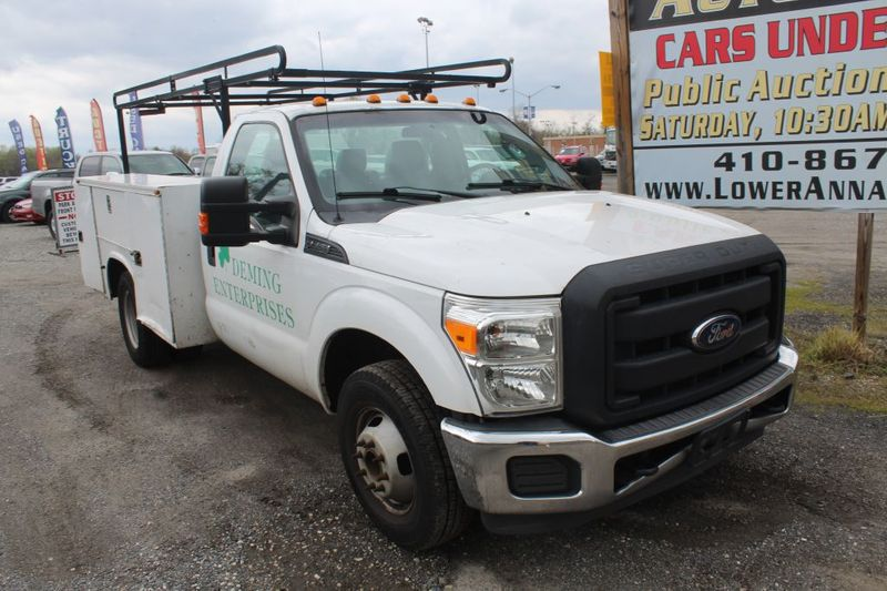 2014 Ford Super Duty F-350 DRW Chassis Cab XLT  city MD  South County Public Auto Auction  in Harwood, MD