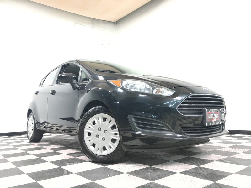 2014 Ford Fiesta *Drive TODAY & Make PAYMENTS* | The Auto Cave in Addison