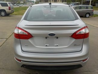 2014 Ford Fiesta SE Fayetteville , Arkansas 5