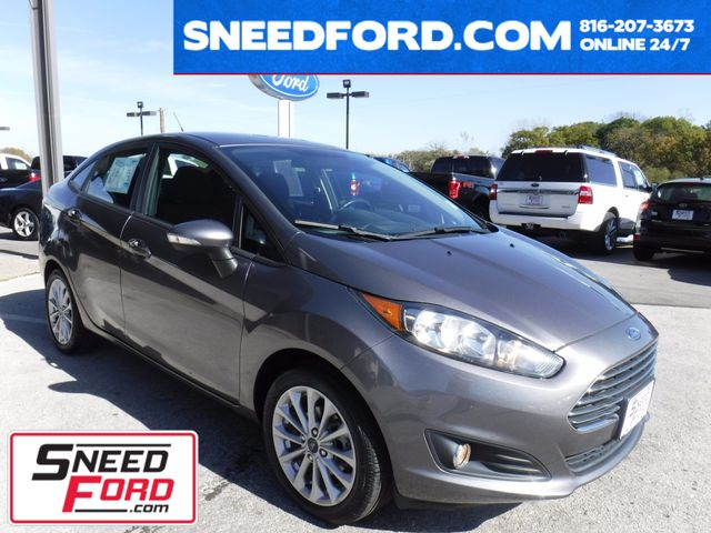 2014 Ford Fiesta SE Sedan in Gower Missouri, 64454