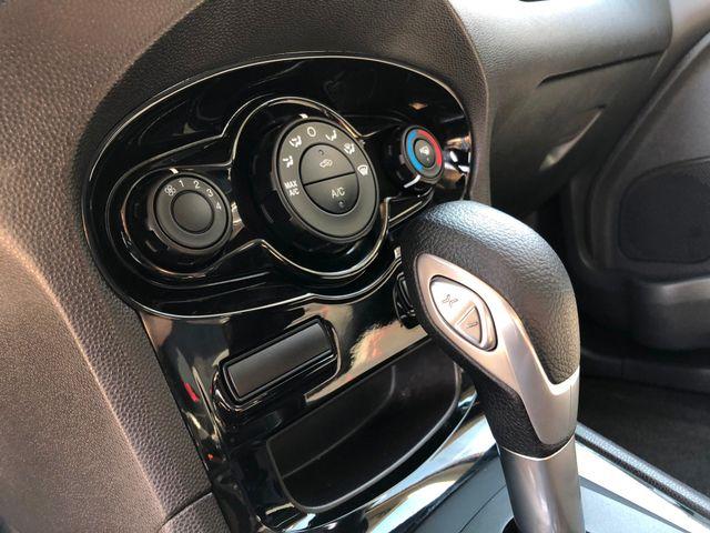 2014 Ford Fiesta SE Sedan in Gower Missouri, 64454