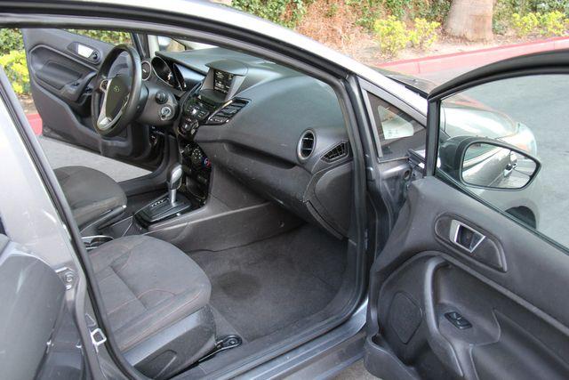 2014 Ford Fiesta SE in Reseda, CA, CA 91335