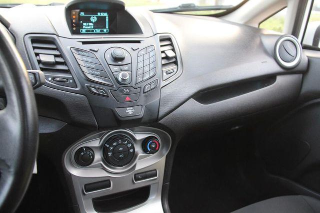 2014 Ford Fiesta SE Santa Clarita, CA 17