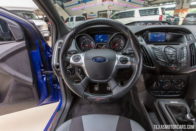 2014 Ford Focus ST in Addison Texas, 75001