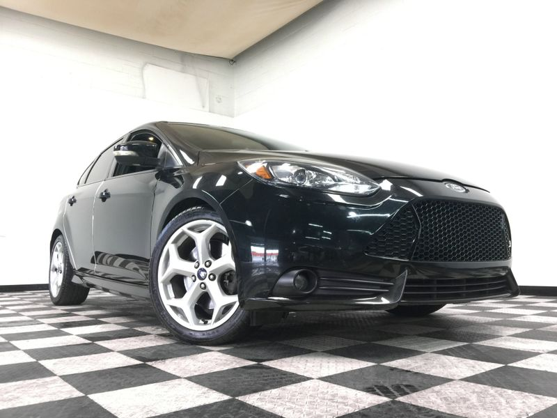 2014 Ford Focus *Drive TODAY & Make PAYMENTS* | The Auto Cave in Addison