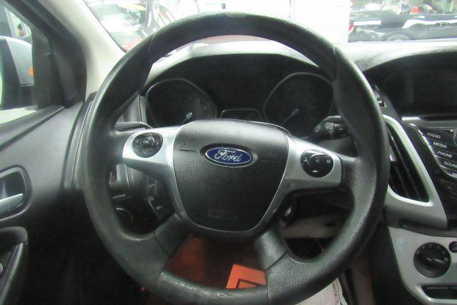 2014 Ford Focus SE Chicago, Illinois 16