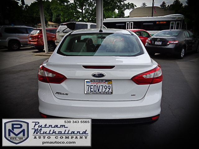 2014 Ford Focus SE Chico, CA 5